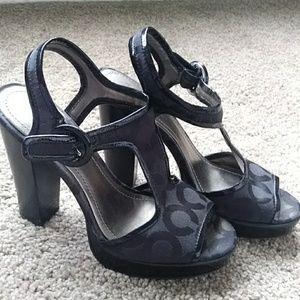 Coach heels size 6